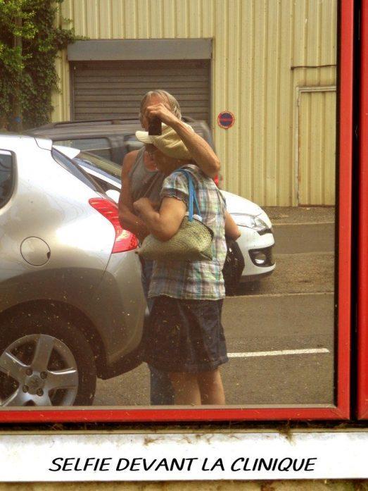 Selfie devant la clinique_Gudule-Castor